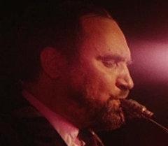 На эстраде саксофонист и композитор Алексей Козлов. Кадры из архива