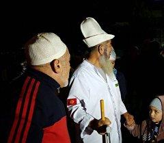Медина — Ош багыты боюнча Ош облусунан учуп кетишкен зыяратчылардын тобу Кыргызстанга кайтып келди.