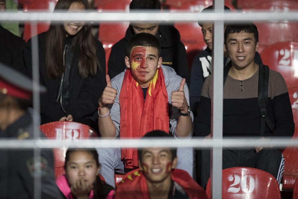Этот фанат явно в предвкушении победы сборной Кыргызстана