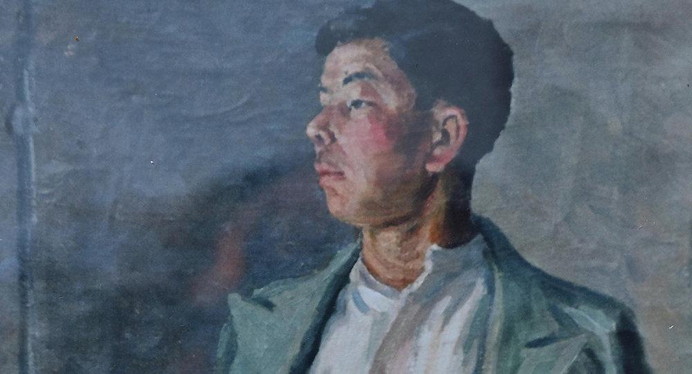 Акын Алыкул Осмоновдун портрети. Архивдик сүрөт