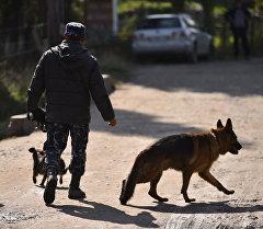 Часть жилмассива Энесай заблокирована милицией, идет проверка домов