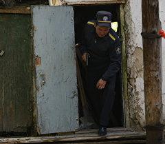 Милиция качкан кылмышкерлерди Энесай жаңы конушунан издөөдө. Качкындардын бири бүгүн кармоо учурунда жок кылынган