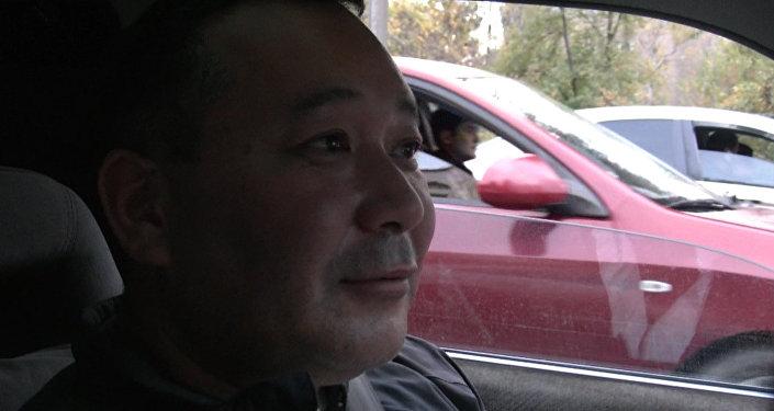 Таксист-двойник Бакиева обещает изменить жизнь в Кыргызстане