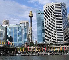Вид на город Сидней с гавани. Архивное фото
