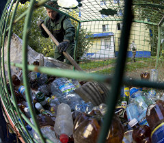 Пластиковый мусор. Архивное фото