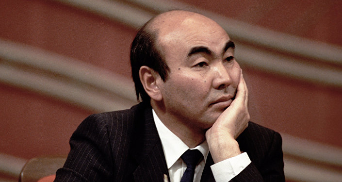 Аскар Акаев. Архивное фото