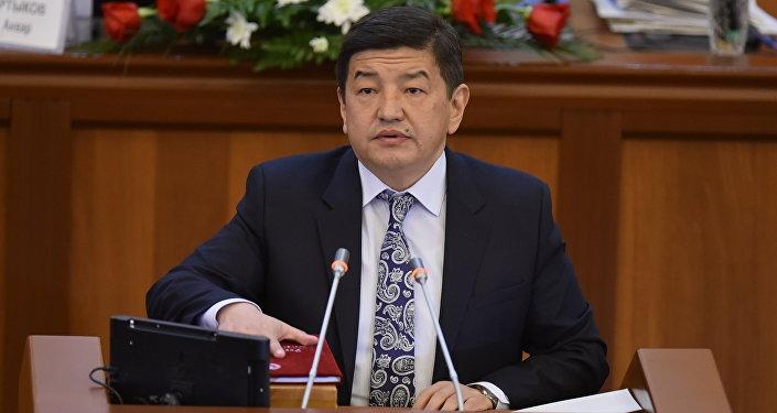 Бир Бол фракциясынын депутаты Акылбек Жапаровдун архивдик сүрөтү
