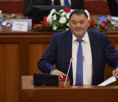 Өнүгүү — Прогресс фракциясынын депутаты Камчыбек Жолдошбаевдин архивдик сүрөтү