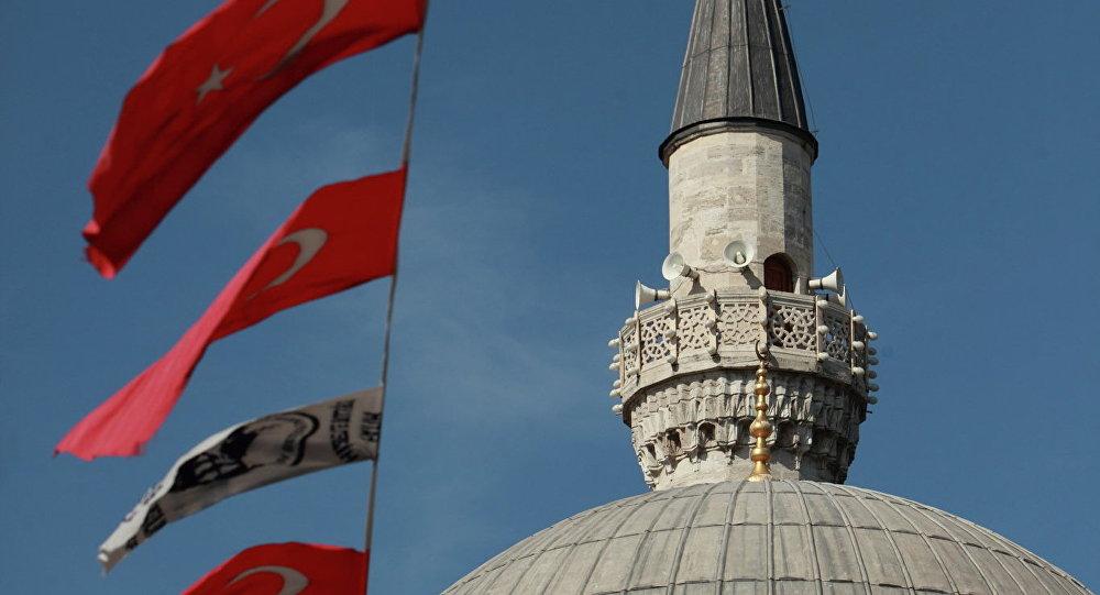 Турецкие флаги. Архивное фото