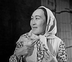 Даркүл Күйүкова. Архив