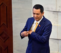 Лидер фракции Республика — Ата-Журт Омурбек Бабанов. Архивное фото