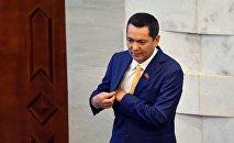 Жогорку Кеңештин экс-депутаты Өмүрбек Бабанов. Архив