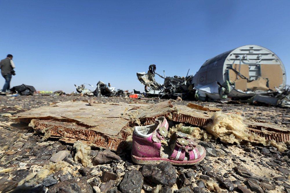 Когалымавиа компаниясына таандык Airbus A321 учагы Синайда кыйрады. Шарм-эш-Шейхтен Санкт-Петербург шаарына багыт алган учак 31-октябрда кулап түшкөн. Анын ичиндеги  224 кишинин баары каза болгон