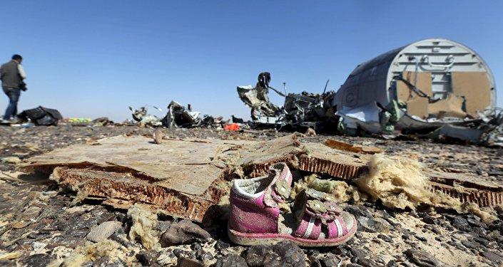 Обломкои российского авиалайнера, потерпевшего крушение в районе Хассан, Египет. Архивное фото