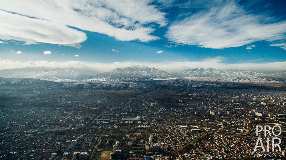 Юго-западная часть столицы. Направляясь вверх по проспекту Манаса и улице Абдрахманова, можно доехать до подножья гор