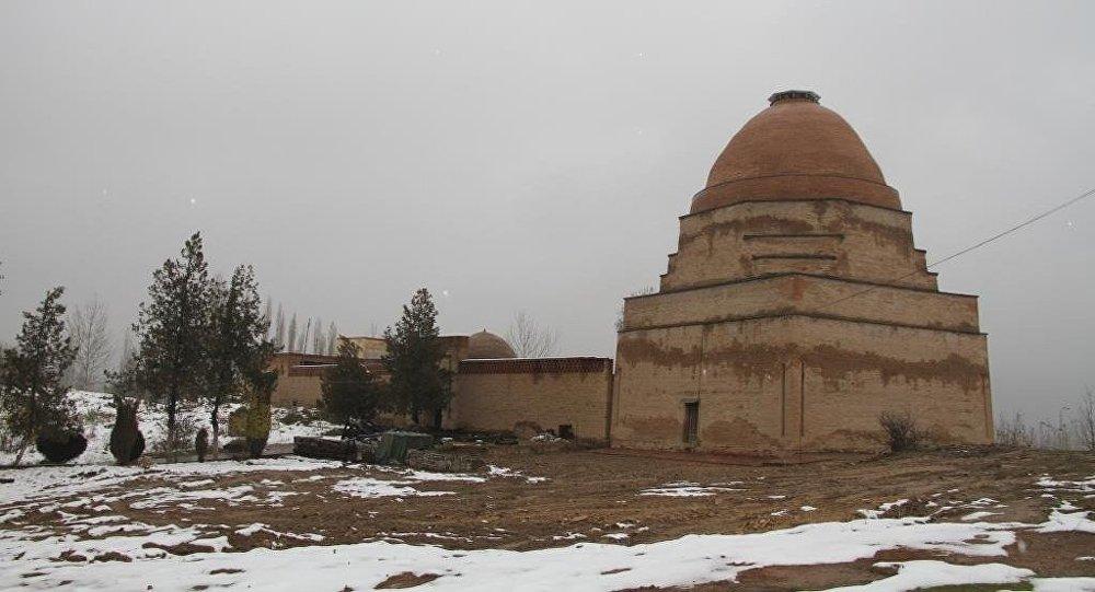 Историкий-архитектурный комплекс Шах-Фазиль. Архивное фото