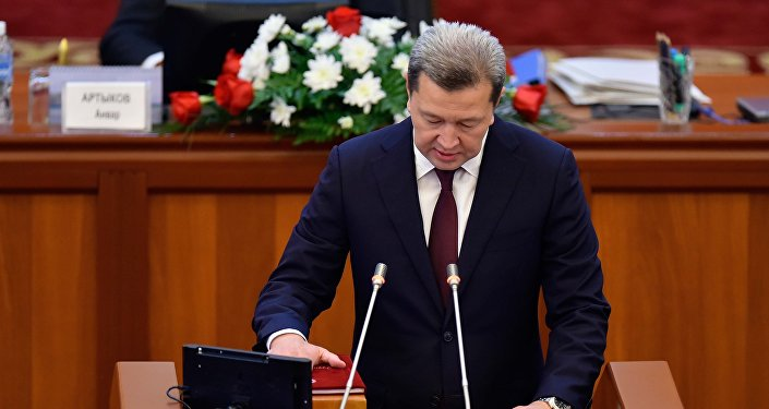 Джаныбек Бакчиев (Бир Бол) — председатель Комитета по правопорядку и борьбе с преступностью.