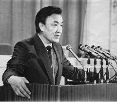 Насирдин Исанов — государственный деятель и первый премьер-министр Кыргызстана