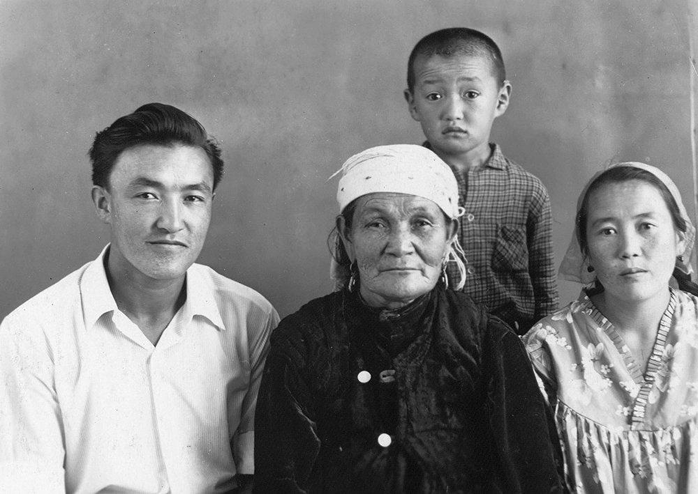 Мать Насирдина Исанова, Алима