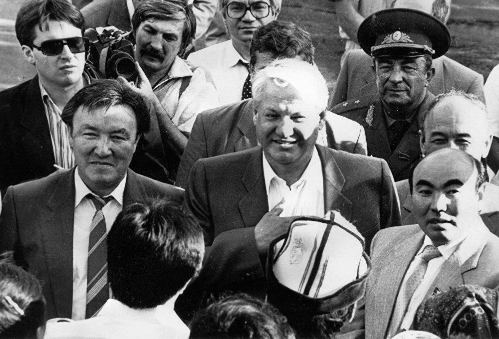 РФтин президенти КРге иш сапары менен келгенде. Исанов, Ельцин жана Акаев