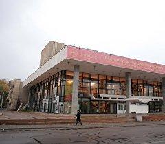 Абдымомунов атындагы кыргыз улуттук драма театры. Архив