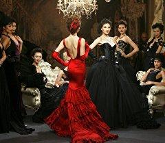 High Jewellery азем буюмдары Шанхайдагы Cartier үйүндө калың элдин назарына тартууланды.