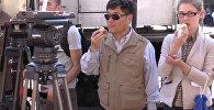 Военные на базе РФ в Сирии угостили иностранных журналистов свежим хлебом