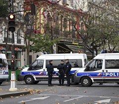 Французские полицейские. Архивное фото