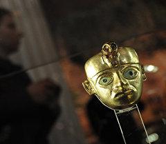 Один из экспонатов выставки 1000 лет золота инков в музее. Архивное фото