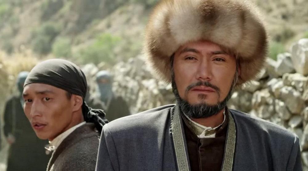 Азиз Мурадилов сыграет роль кыргызского баатыра Алымбек датки в исторической саге режиссера Садыка Шер-Нияза.