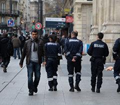Франция полициясыю Архив