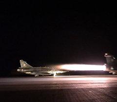 Истребители ВВС Франции впервые после теракта в Париже вылетели для атаки ИГ