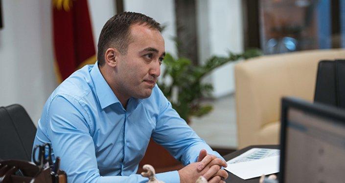 КТРКнын башкы директору Илим Карыпбеков. Архив