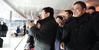 VIP-болельщики радовались и обнимались после матча с Иорданией