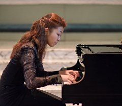 Пианистка Бибигуль Искенова.