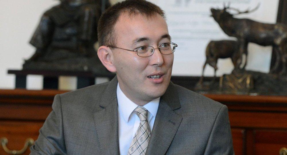 Архивное фото первого вице-премьер-министра КР Толкунбека Абдыгулова