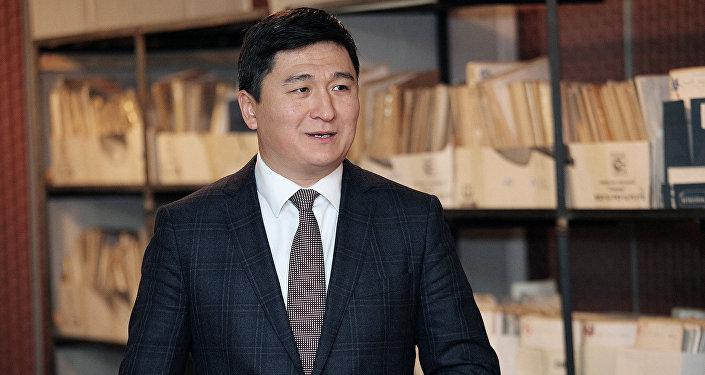 Во время интервью председатель правления Фонда развития предпринимательства Чингиз Макешов