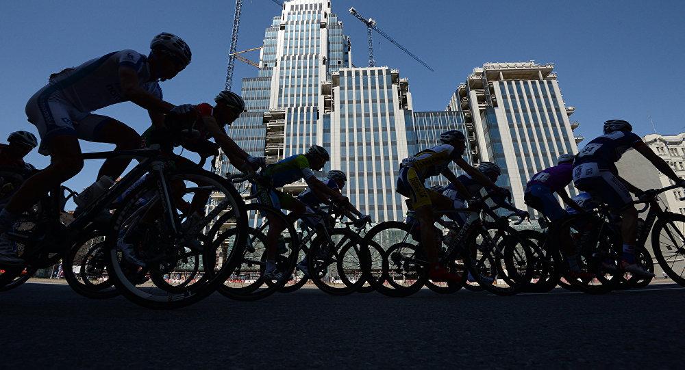 Участники велогонки. Архивное фото