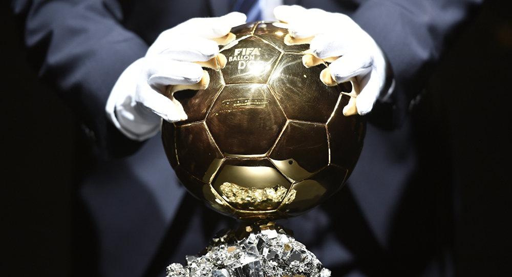 Золотой мяч ФИФА. Архивное фото