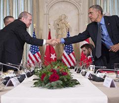 АКШ жана Түркия президенттери Барак Обама жана Тайип Эрдоган. Архив
