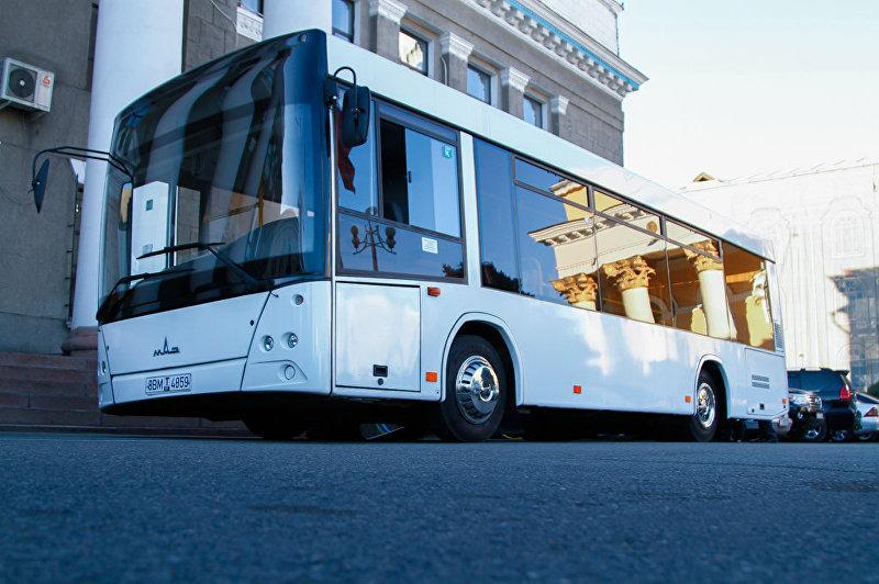 Пассажирский белорусский автобус МАЗ-206085 в Бишкеке