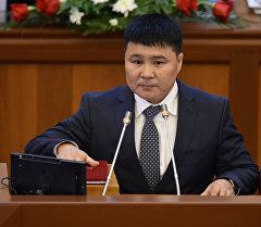 Депутат Тазабек Икрамов. Архив