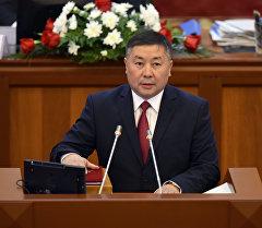 Жогорку Кеңештин VI чакырылышынын депутаты Канатбек Исаев. Архив