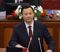 Архивное фото депутата Руслана Казакбаева