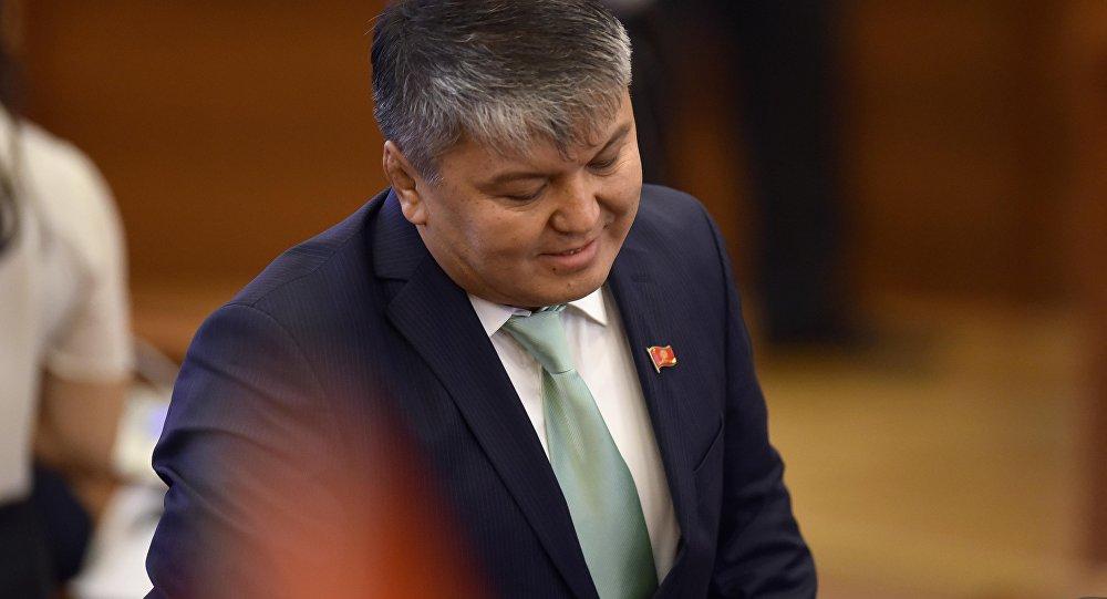 Министр экономики КР Арзыбек Кожошев. Архивное фото