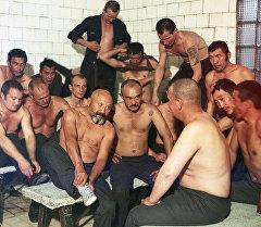 Залкар актер Советбек Жумадыловдун түрмөдөгү сүрөтү 1989-жылы тартылган