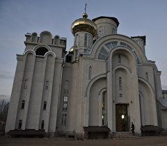 Архивное фото храма Святого Равноапостольного Великого князя Владимира