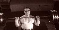Триумф советского богатыря Юрия Власова. Кадры из архива