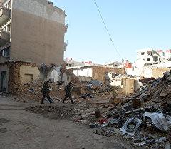 Бойцы Сирийской арабской армии (САА) в пригороде Дамаска Дарайе. Архивное фото