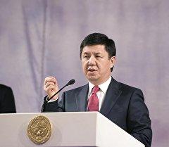 Премьер министр Темир Сариев. Архив